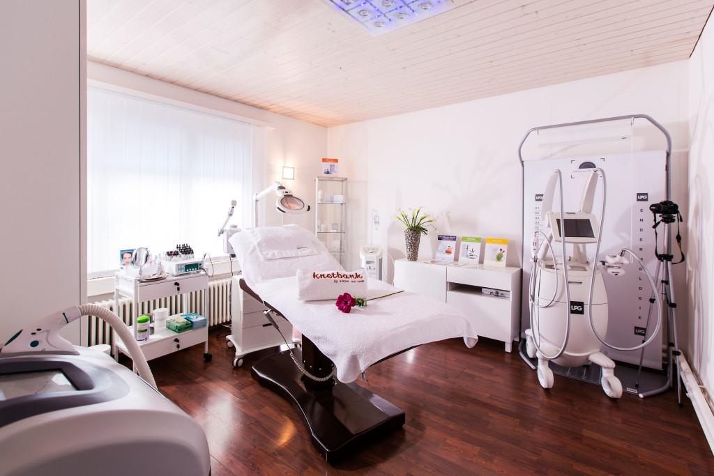 Behandlung mit Endermologie (LPG) in der Knetbank Bern (Raum)