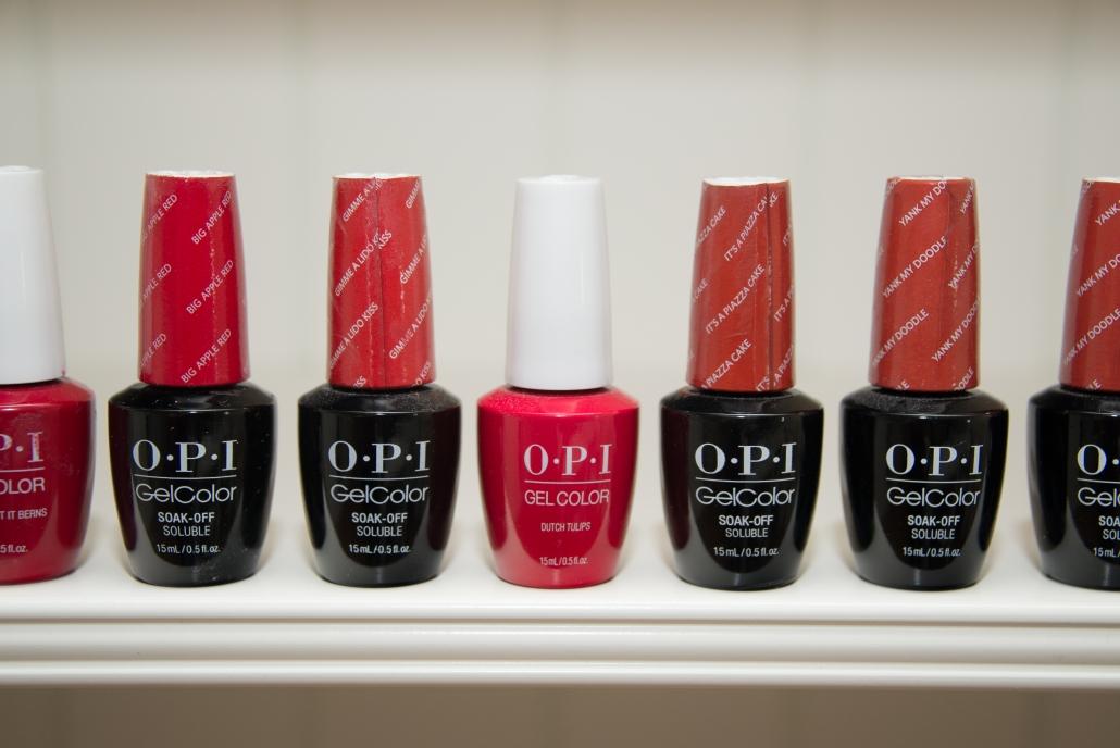 Für unsere Pediküren nutzen wir u. a. Produkte von OPI.