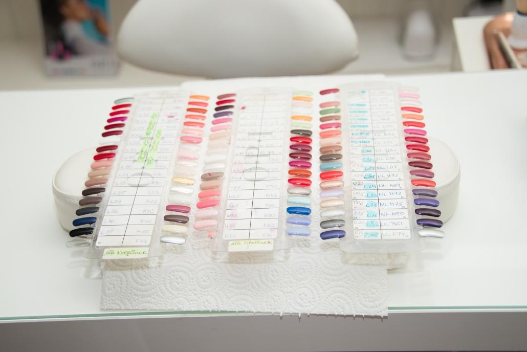 Für unsere Pediküren können wir auf eine grosse Auswahl an Farben zurückgreifen.